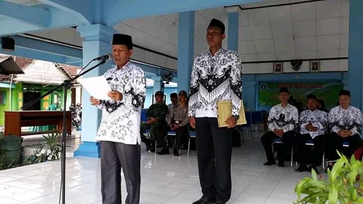 UPACARA HARI PGRI KE 73 TAHUN 2018<BR>KECAMATAN PADANGAN