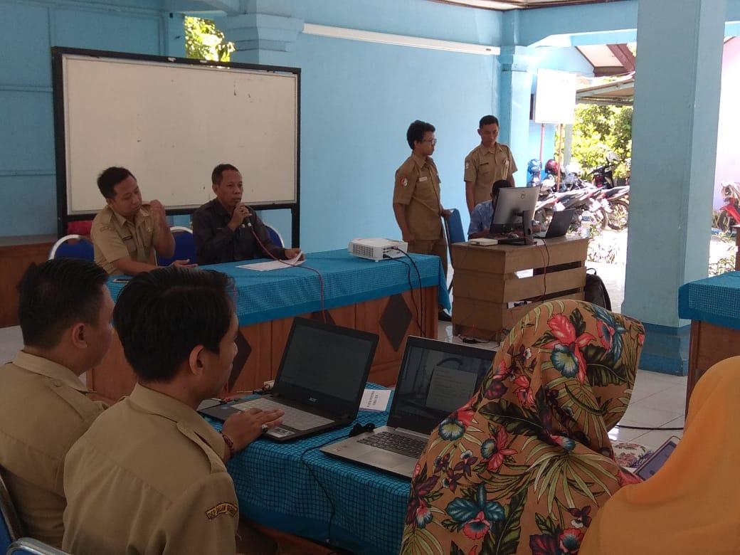 Bimtek Pendampingan Pengelolaan Website sistem informasi desa<BR>di Pendopo Kecamatan Padangan