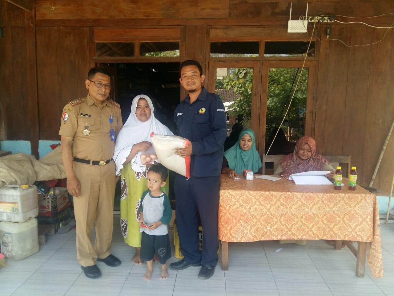 Distribusi Bantuan Pangan Non Tunai (BPNT)<BR>Desa Nguken Kecamatan Padangan